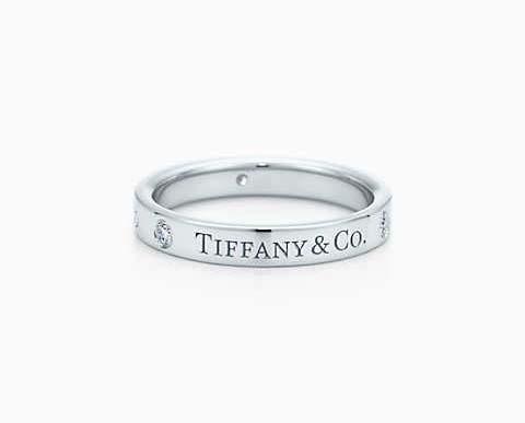 Tiffany & Co.®:バンドリング