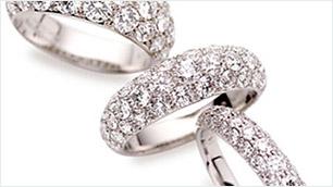 パヴェリングを結婚指輪として選んでよいもの?(イメージ)