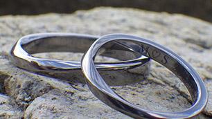 金属アレルギーの方向け結婚指輪の選び方(イメージ)