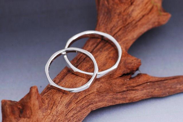 手作りブランド「椿工房」の結婚指輪と料金について