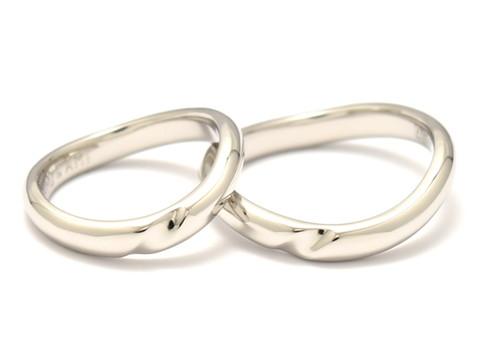手作りブランド「シルバーメイトユン」の結婚指輪と料金について